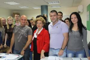 Софа Ландвер и студенты