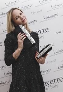 Наталья Авербух, мастер спорта, тренер по фитнесу, консультант по моде на презентации праздничной обуви Lafayette Italy