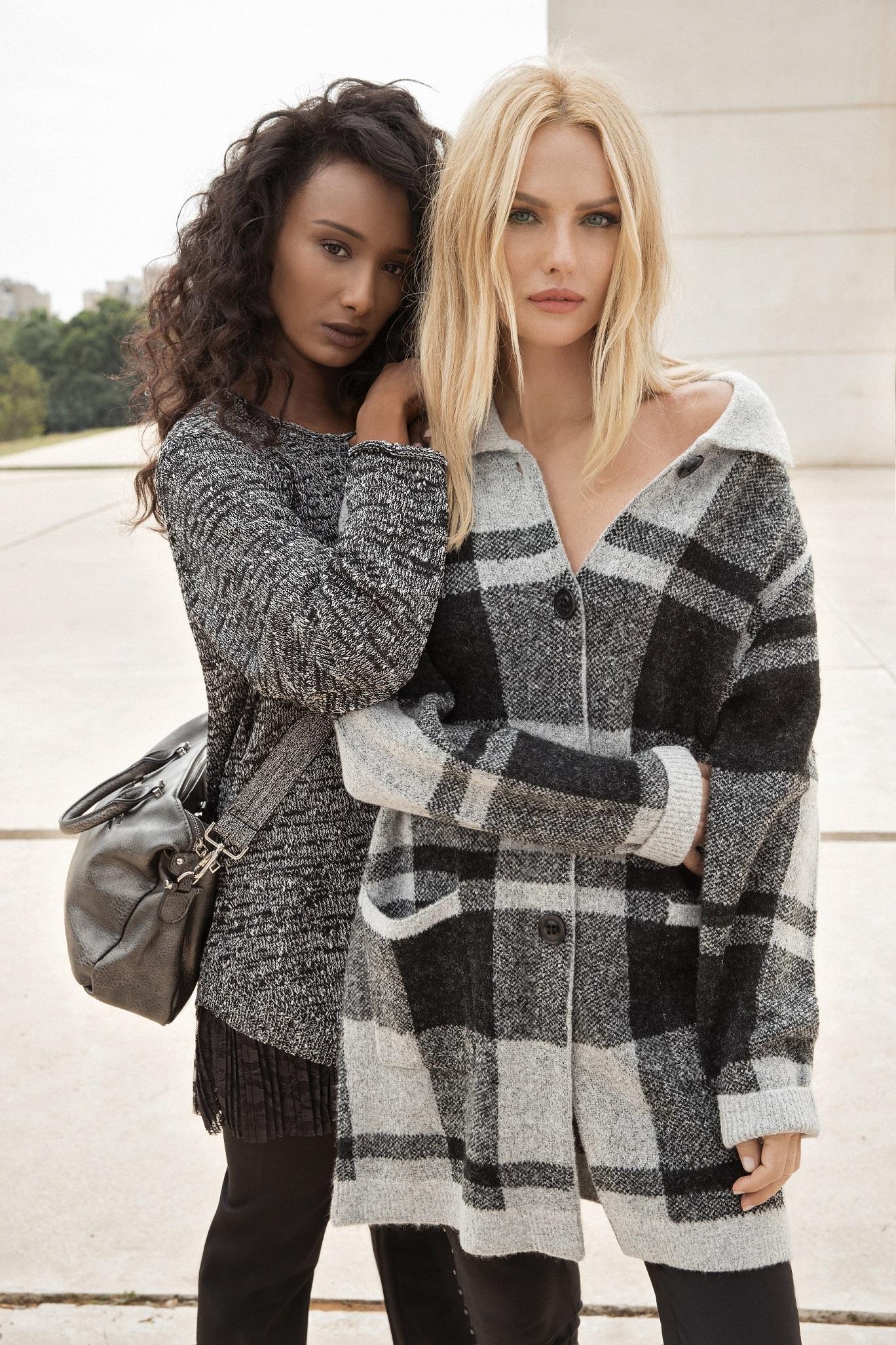 c7ace39b90d Эта зима будет модной  куртки и пальто со скидкой до 50% в Crazy ...