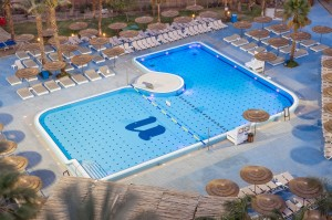 U Coral Beach Club (2)