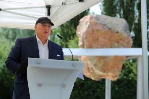 EJC: Unveiling of the Terezin Monument