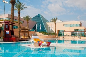 magic-sunrise-club-eilat-pool-2