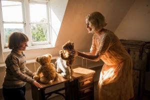 Premieri - Midwife - Goodbye Christopher Robin - Killing Gunther - yes 1