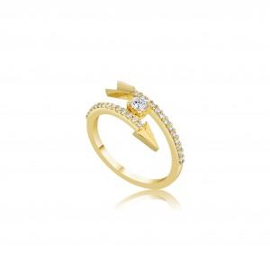 Золотое кольцо «Стрела» с центральным бриллиантом