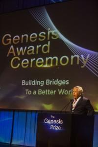 2019 Kraft speech_credit_Lior Mizrahi_courtesy of Genesis Prize Foundation